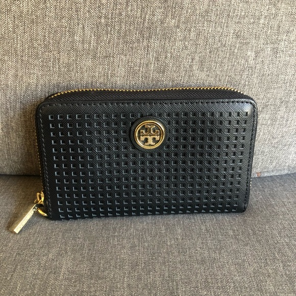 Tory Burch Handbags - Tory Burch Black Wallet